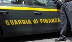 1449305150-0-mazara-la-guardia-di-finanza-sequestra-merce-rubata-e-contraffatta