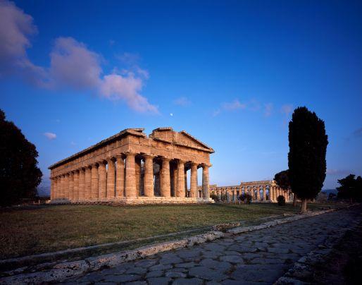 01-Paestum_Tempio-di-Nettuno-2rid.jpg