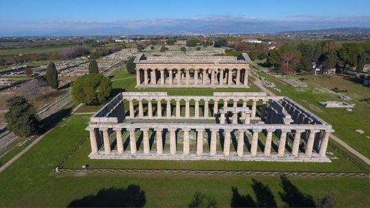 Paestum - area archeologica - veduta aerea