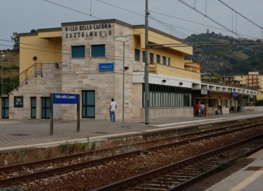 stazione-Vallo-1.jpg