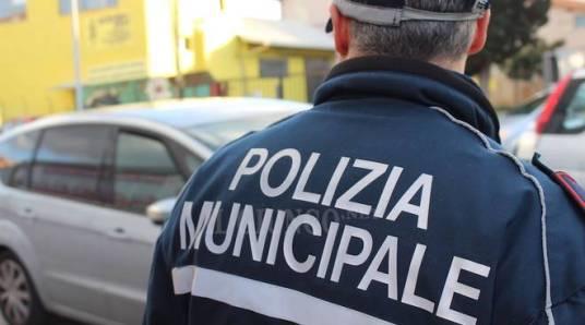 polizia-municipale-generica-2015-165059.660x368.jpg