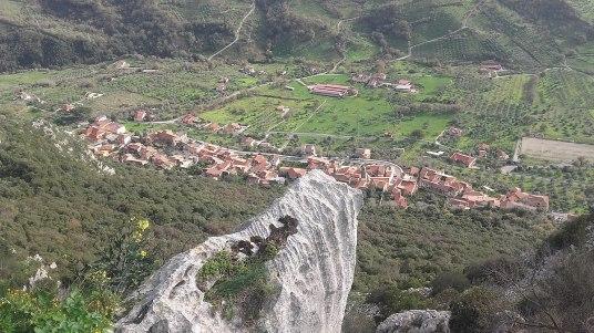 1200px-Panorama_Giungano