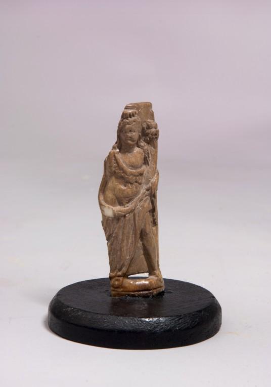 Statuetta dell'abbondanza in Avorio_consegnata al direttore