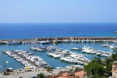 porto_marinadicamerota.jpg