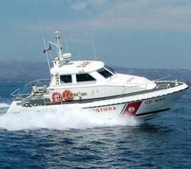 guardiacostiera-motovedetta-cp-8551