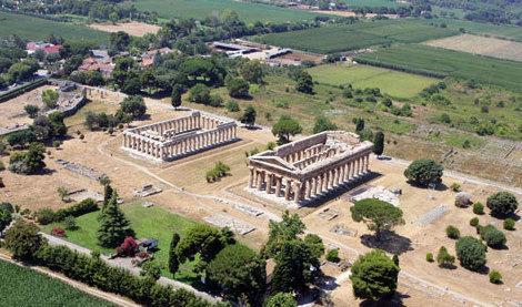 Il-parco-archeologico-di-Paestum