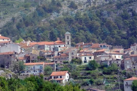 20150724-112457-borgo-torraca-copertina