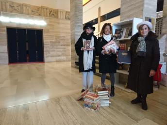 inner wheel paestum consegna i libri al museo