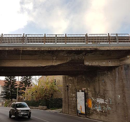 cavalcavia-castellabate-ponte-danni-2.jpg
